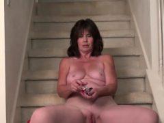 USAWives reifen Jade auf Treppe