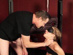 Horny Babe Molly Manson liebt es, fleischigen harten Pole zu ficken