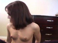 Redhead Jamie Lynn Solo Teasing Strip Kleine Titties