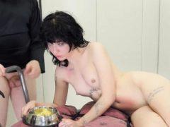 Kinky Mädchen wurde in anal Loch Asyl für harte Behandlung aufgenommen