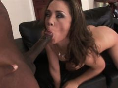 Tiny Kristina Rose Anal gefickt von Big Black Dick