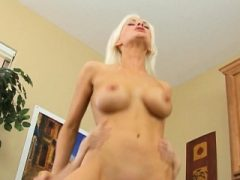 Hot Blonde Anal Fuck mit Ausbilder Brandi Edwards