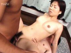 Amateur asiatische Schönheit genagelt auf erstaunliche Weise