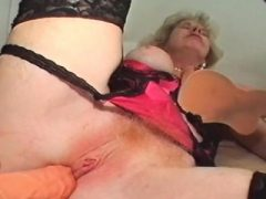 Dirty reife Lieben mit großen Sex-Spielzeug