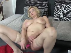 EuropeMaturE Reife Eva Solo Masturbation
