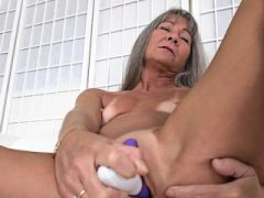 Hot Milf Sex mit Cumshot