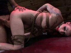 Gebundene Demütigung für jugendliche Sheena Rose