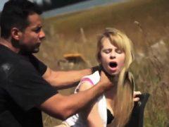 Teen facial comp erste Mal Hilflose Teen Lily Dixon ist verloren