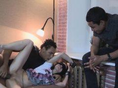 Bitchy teenie geht Hardcore mit einem Fremden drinnen