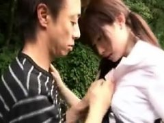 Schöne japanische Babe Spaß mit ihrem Freund in th