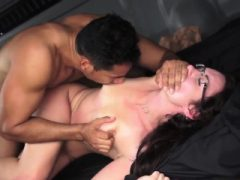 Home Party Orgie Teen und während der Klasse zum ersten Mal Hilflos te