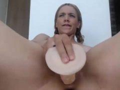Sexy Nizza Ass Camgirl mit Spielzeug auf Cam