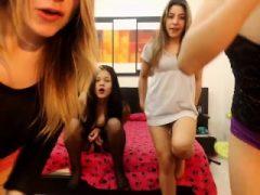 Wahre lesbische Liebe gefangen auf Amateur Webcam
