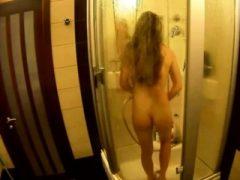 Meine duschen Schwester fragte mich nach Shampoo