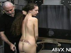 Top-Dilettant Thraldom Szenen mit jungen Mädchen
