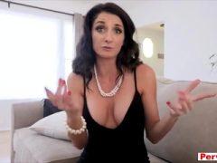 Doppelte Gefahr für meine versaute und vollbusige sexy Stiefmutter