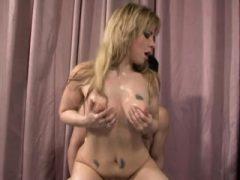 Sexy Chick liebt seinen Schwanz in ihr