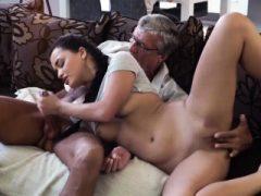 Teen big tits hardcore Ihre sexuelle Stärke musste einen Weg finden
