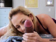 Blonde Milf-Orgie Cherie Deville wird von meinem Stepcom imprägniert