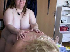 OldnannY Große Brüste Runde Reift Mit Hahn Spielen